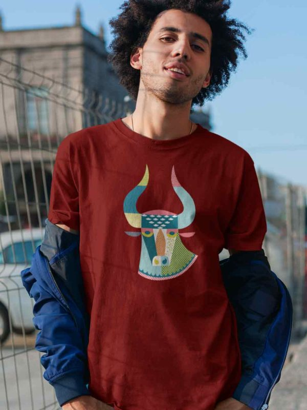 ZagZuggles-Cow-Absract-T-Shirt-Man-Maroon